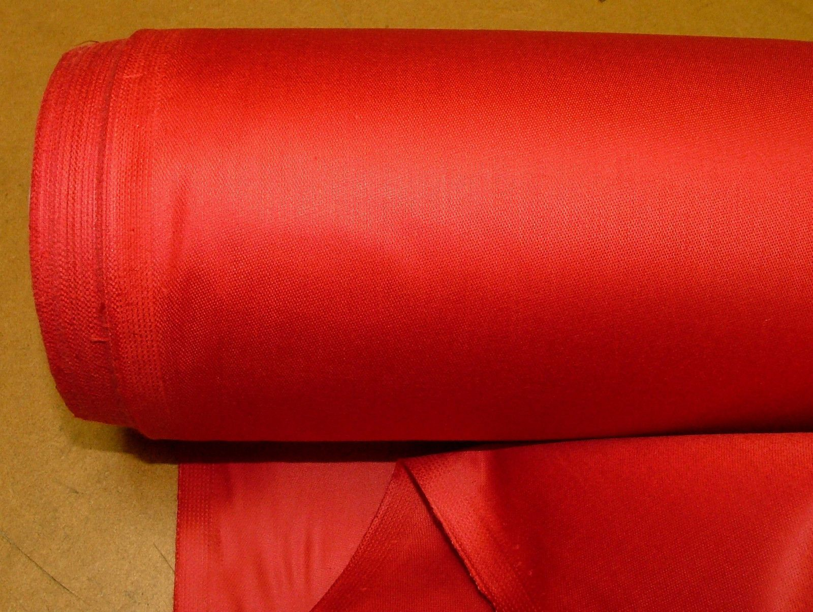 100 Cotton Sateen Christmas Red Curtain Lining Fabric